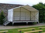 Bühne 6m x 3m mit Überdach, Geländer und Treppe