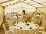 Festliche Austattung für besondere Anlässe (Hochzeit o.ä.)